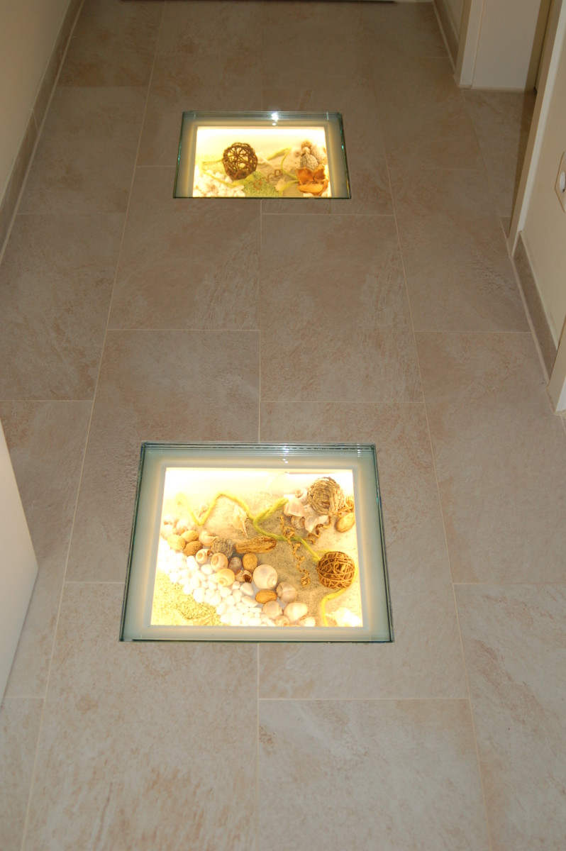 beleuchtete Einbaukästen im Fußboden