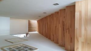 Betontreppe mit Holztrittstufen - von oben