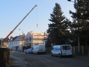 Kranbetrieb für die Zimmermannsarbeiten