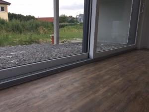 Fußböden mit PVC-Planke