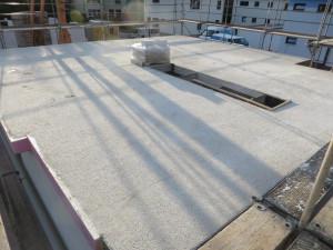 fertig betonierte Decke mit Deckenranddämmung