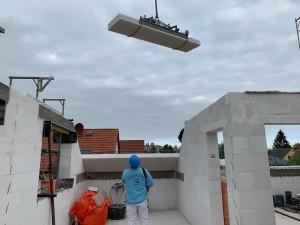 Kranub der Dachplatten