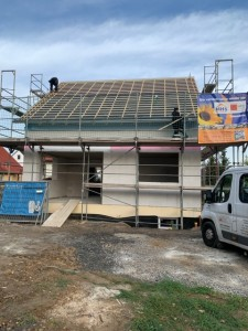 Beginn Dachdeckerarbeiten