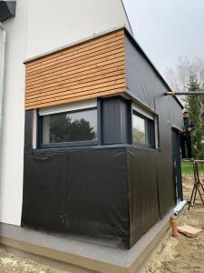 Herstellen der Fassadenbekleidung aus Holz