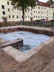 Frostschürze betoniert, Aushub für Bodenaustausch unter Bodenplatte