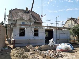 Verlegung der Filigrandeckenplatten über Erdgeschoss Anbau