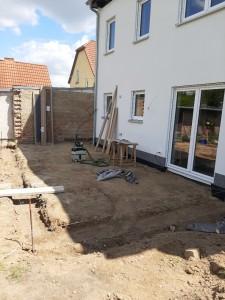 Beginn der Arbeiten an der Terrasse