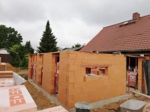 Fertigstellung Mauerwerk Erdgeschoss