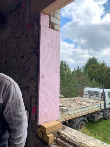 Herstellen der Auflager und Leibungen für den Fenstereinbau