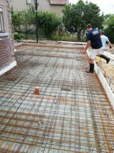 Bewehrung für die Bodenplatte des Neubaus, Trennung vom Altbau