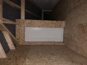 wärmegedämmte Tür als Zugang zum Spitzboden