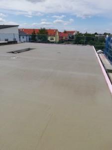 Decke über Obergeschoss betoniert