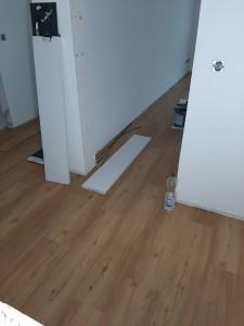 Verlegung von PVC-Planken