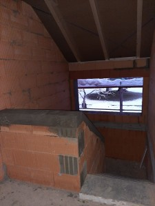 oberer Abschluss der Brüstungswand im Treppenhaus betoniert