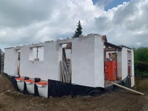 Lichtschächte und Bautenschutz für die Verfüllung der Baugrube
